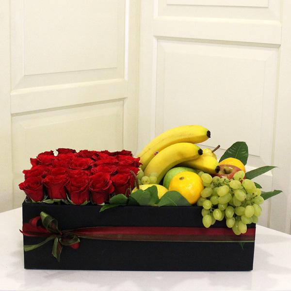 Gül ve Meyve Kutusu