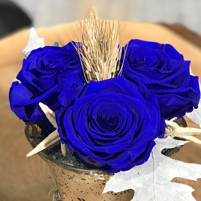 Solmayan Mavi Gül