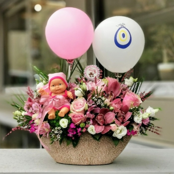 Çiçek Sepeti Kız Bebek